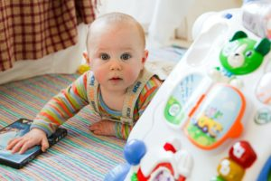 Seven Secrets to Raise a Happy Baby